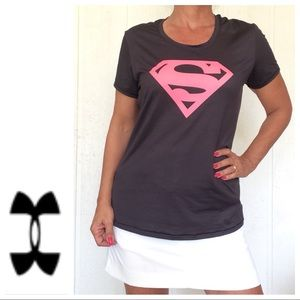 UNDER ARMOUR FITTED SUPERGIRL T SHIRT LARGE